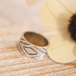 Sterling Silver Etched Ring Band